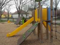 Fehérvárimami | Géza utcai játszótér - Székesfehérvár
